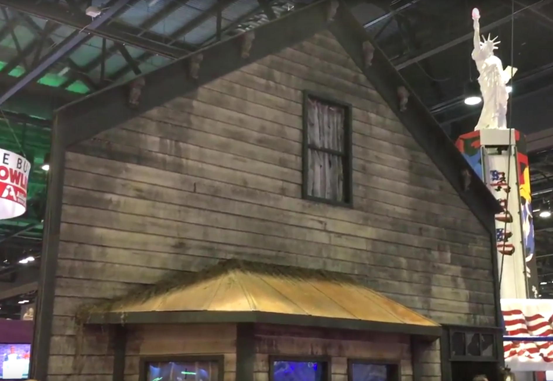 Review: Pale Night Productions / IAAPA 2016 - Escape Authority