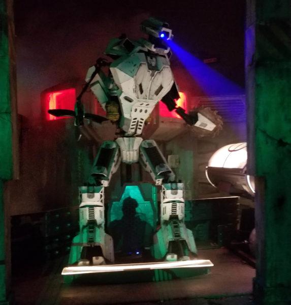 Giant robot at Netherworld Haunted House